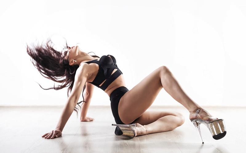 логотип компании Студия Танца и Фитнеса Натальи Кузнецовой